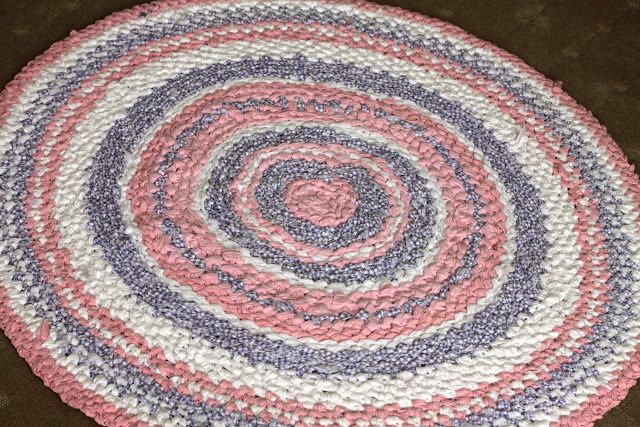 Rug Rag Tutorial How To Crochet A Rug Rag From Old Sheets Impressive Crochet Rag Rug Patterns