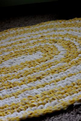 make a rag rug diy