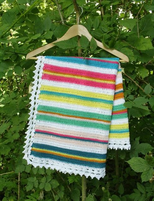 Easy-crochet-blanket-crochet-pattern-pdf