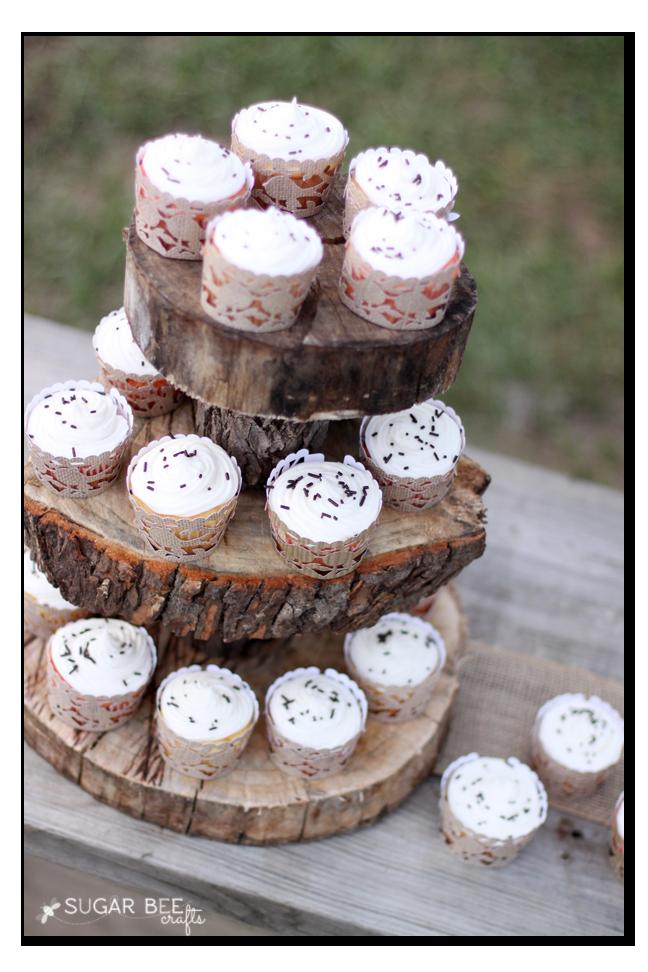 rustic wedding party cupcakes