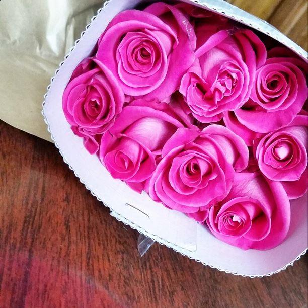 delivered roses
