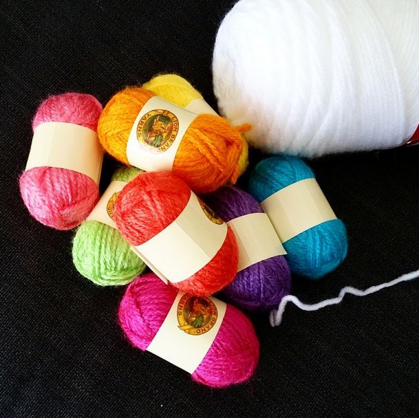 yarn bon bons for giraffe