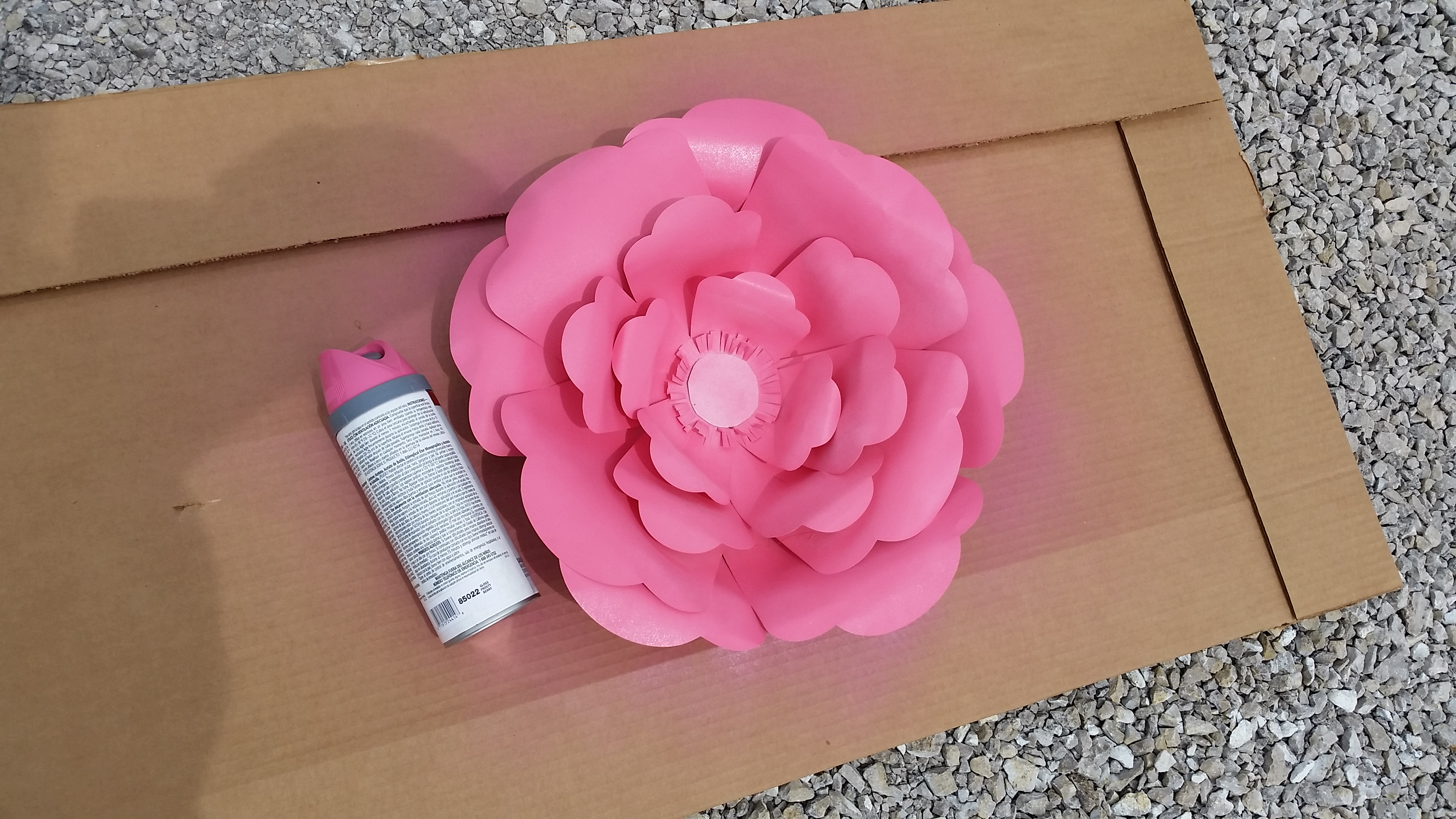 Big bloom paper flower wall decor sugar bee crafts 20150519142042 mightylinksfo