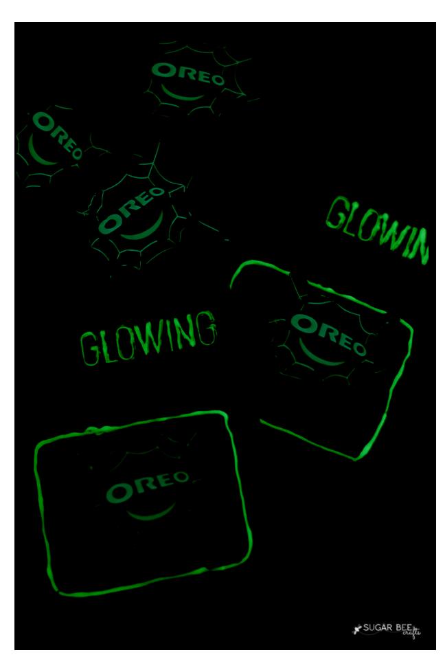 glowing halloween treat
