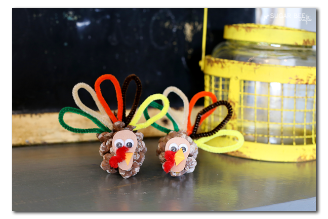 Turkey Pinecone Kids Craft