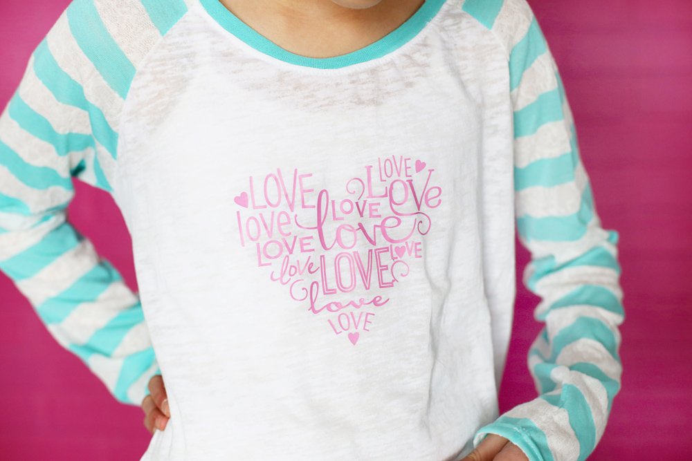 love-heart-vinyl-diy-shirt-x
