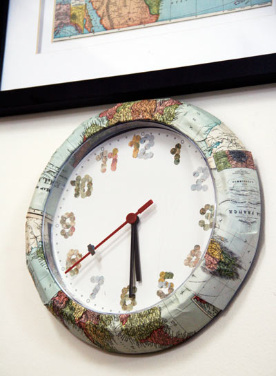 IKEA-hack-wall-clock-maps1