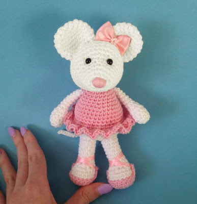 Animal Crochet Pattern - Sugar Bee Crafts