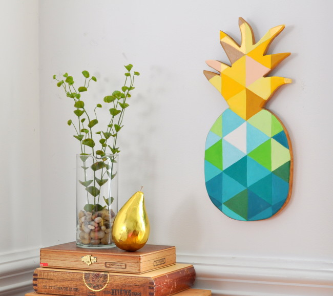 How-to-Paint-a-Geometric-Pineapple-on-Wood-madeinaday.com_-650x578