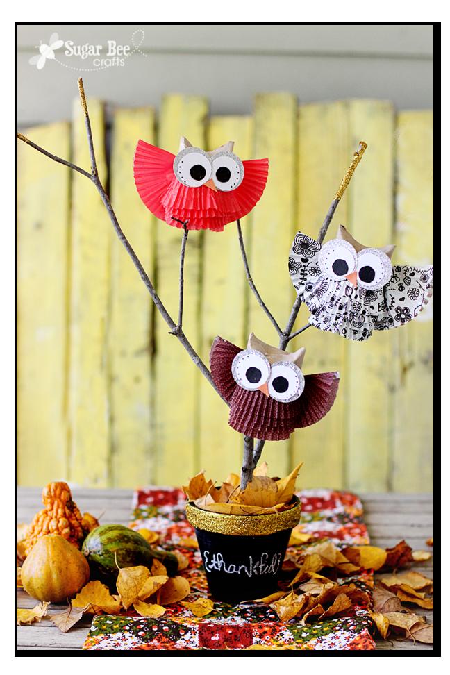 cupcake-liner-owl-centerpiece-gold