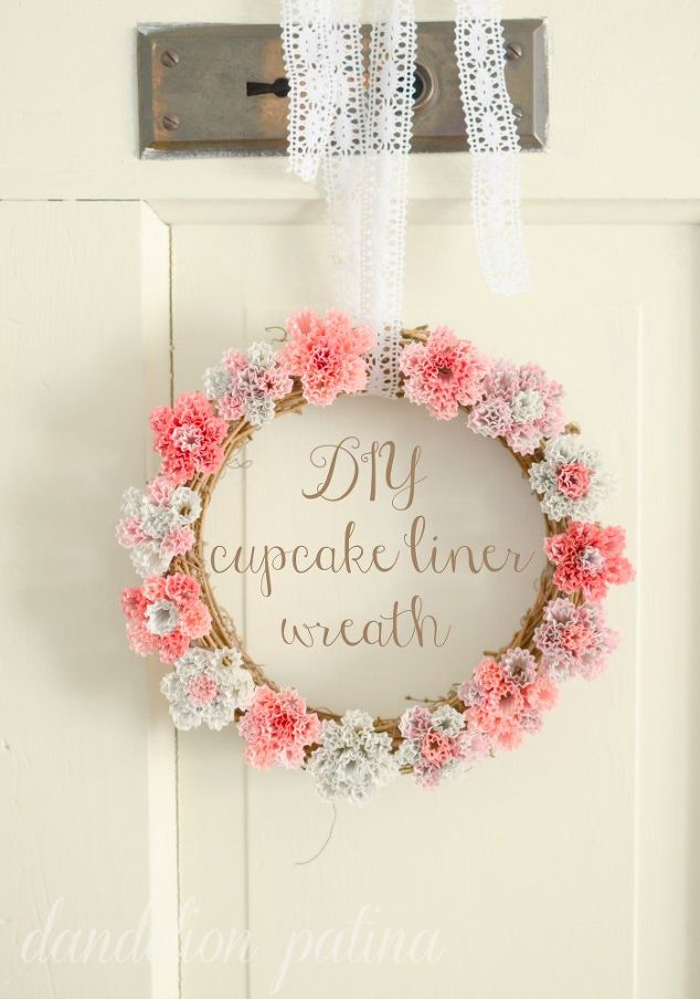 diy-cupcake-liner-wreath-crafts-how-to-repurposing-upcycling
