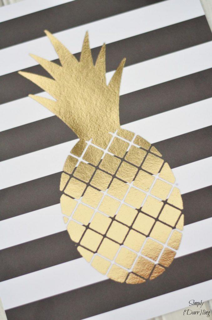 gold-foil-pineapple-print-725x1095