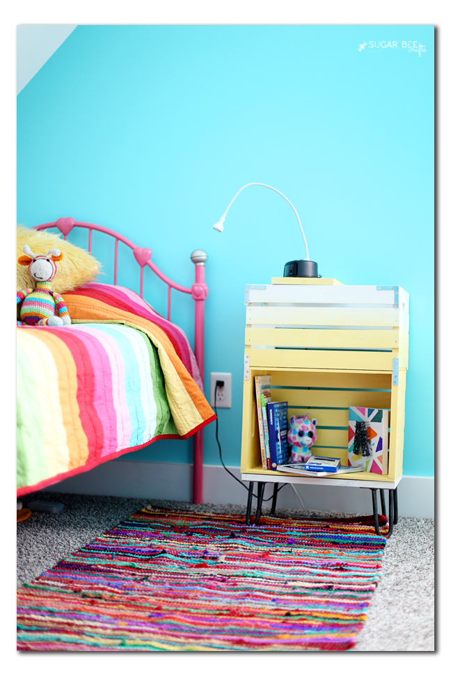 easy nightstand to make yourself from crates