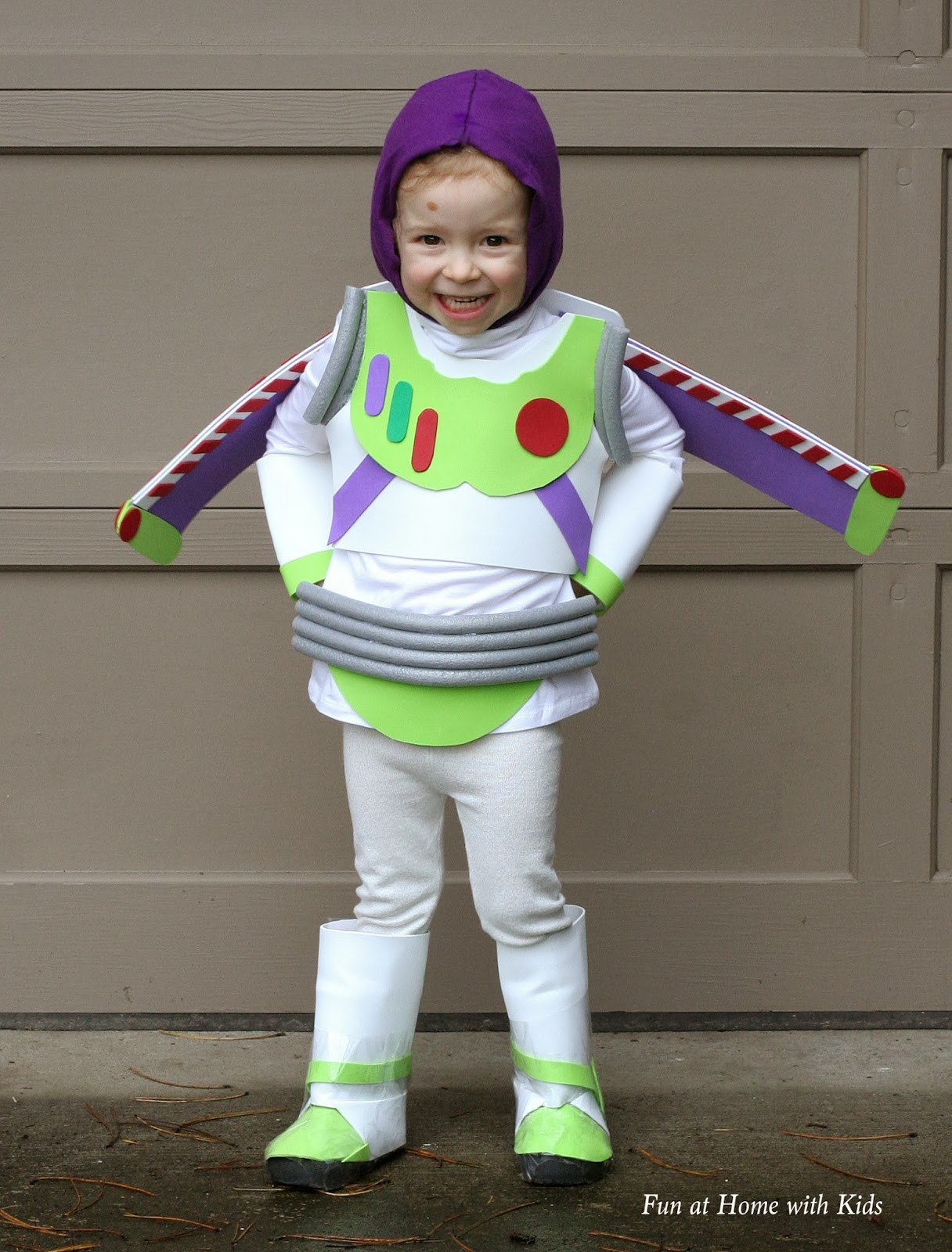 DIY Buzz Lightyear Halloween Costume
