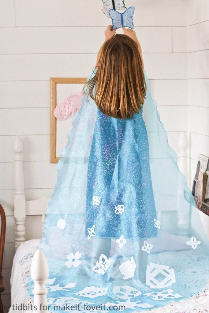 Do-It-Together-Elsa-Cape-51