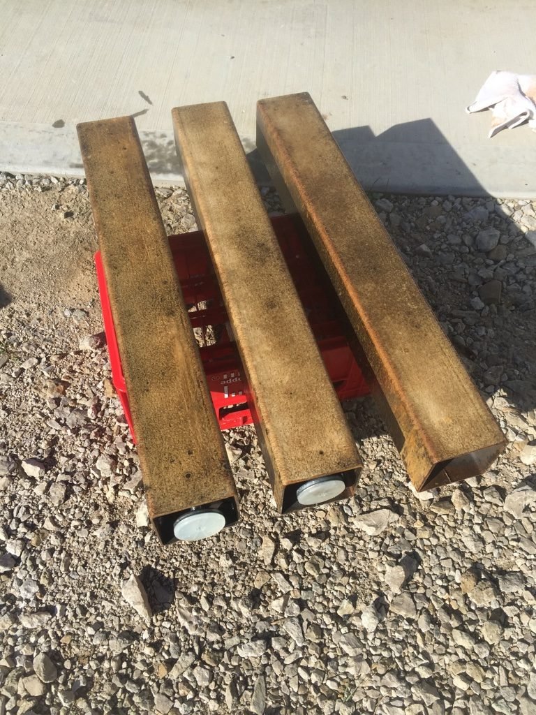 how to rust metal table legs