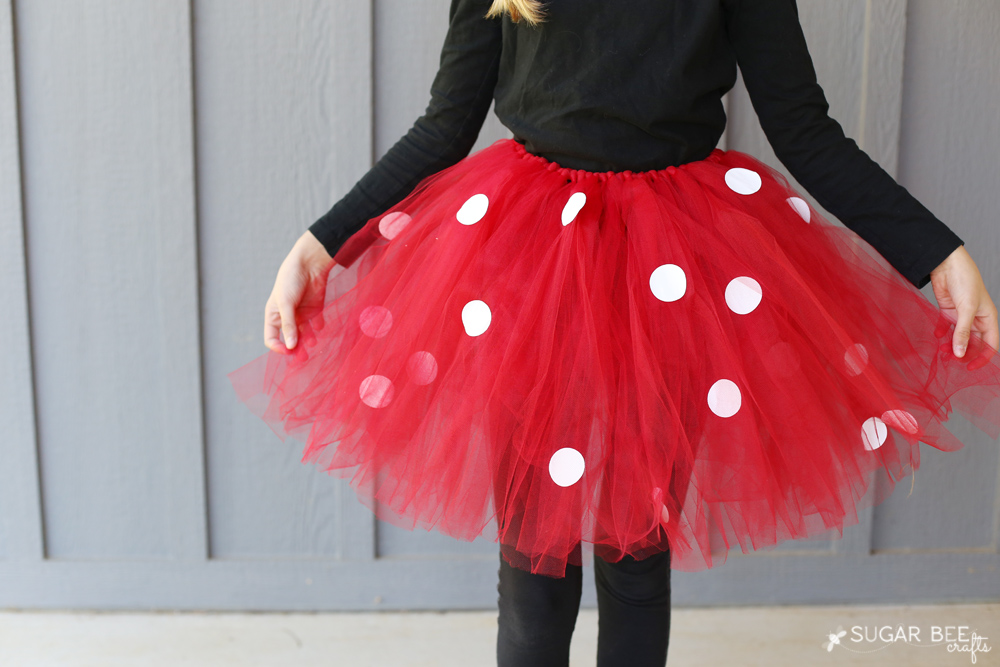 make-your-own-minnie-mouse-costume-tutu