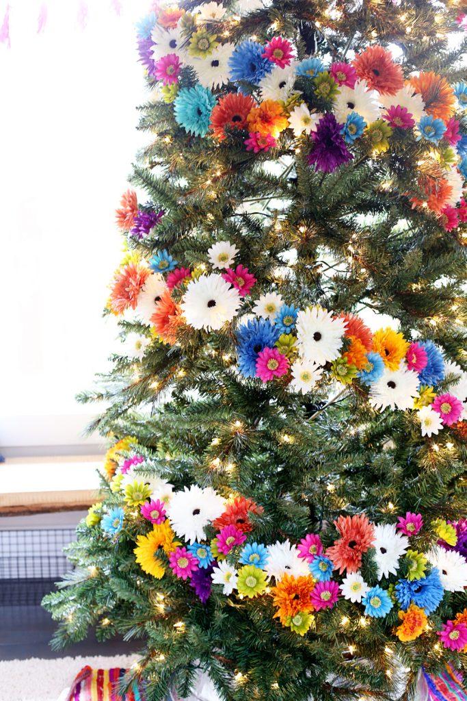 floral-chirstmas-tree
