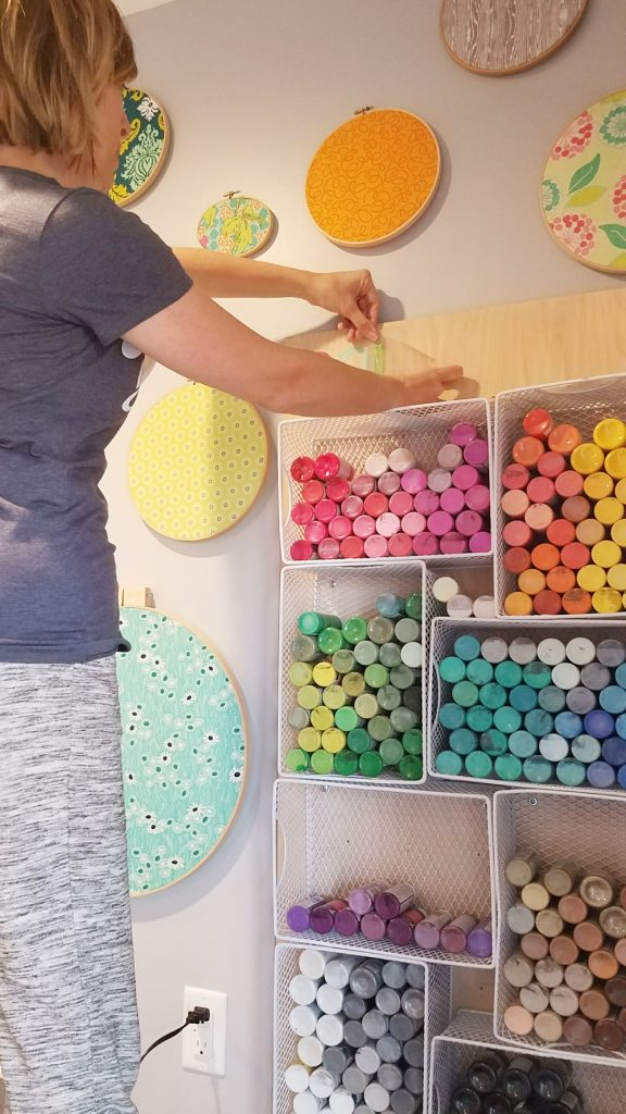 vinyl-craft-paint-storage-board