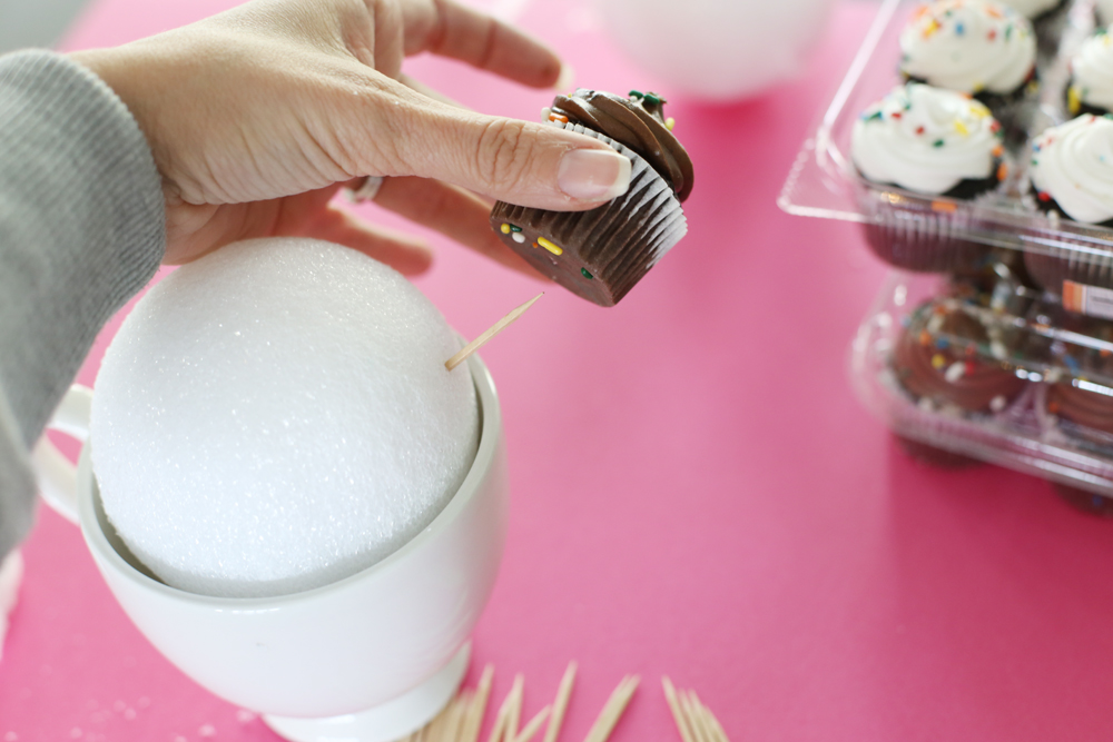 cupcake ball toothpick
