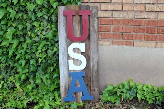 USA reclaimed wood sign (2)