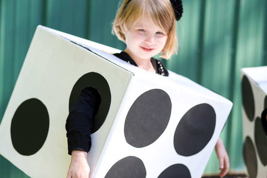 Box Dice Costume DIY-13