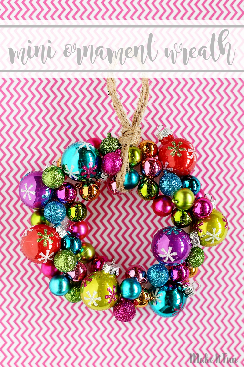 mini-ornament-wreath-mif-text