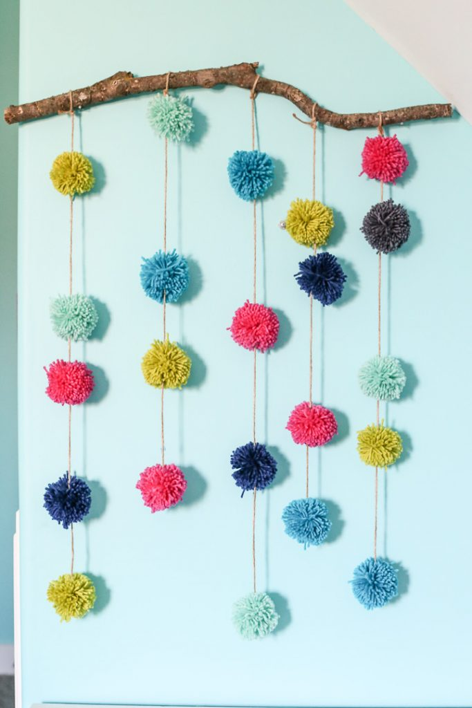 pom pom hanging craft-2